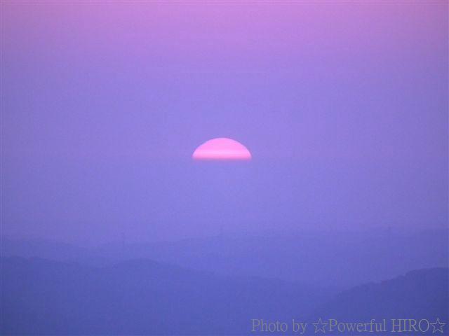 南砺市から眺める日本海に沈む夕陽 (5)