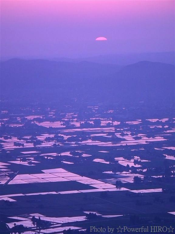 南砺市から眺める日本海に沈む夕陽 (6)