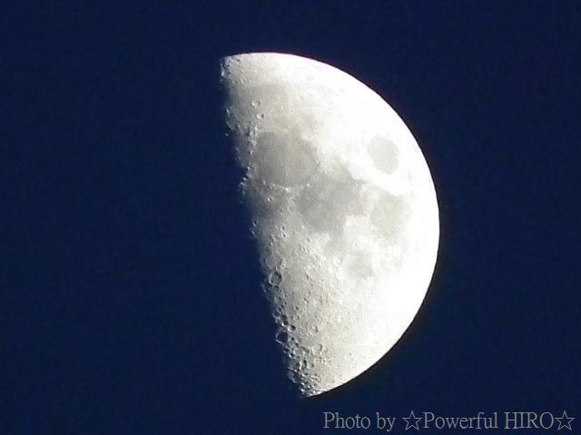 夕陽が沈んだ直後の月撮影
