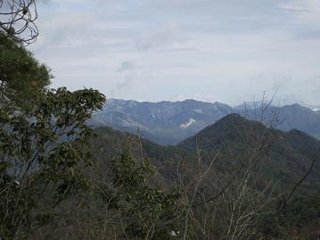 北側の山山