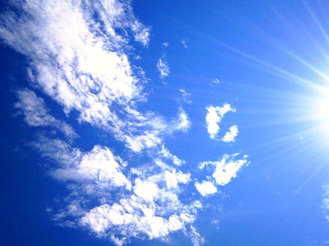 酷暑で照りつける太陽 by占いとか魔術とか所蔵画像