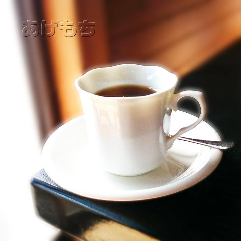 無料サービスのコーヒー