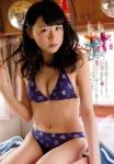 AKB48 川本紗矢 セクシー ビキニ水着 おっぱいの谷間 カメラ目線 女の子座り 誘惑 高画質エロかわいい画像9076