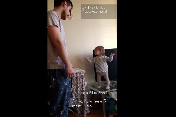 【キュンキュン♡】一歳の娘ちゃんとお父さんのやり取りが可愛過ぎるWW