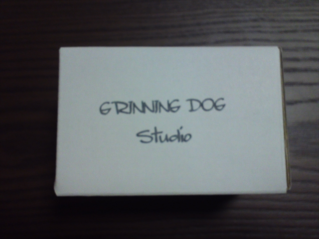 GRINNING DOG ピックアップ1