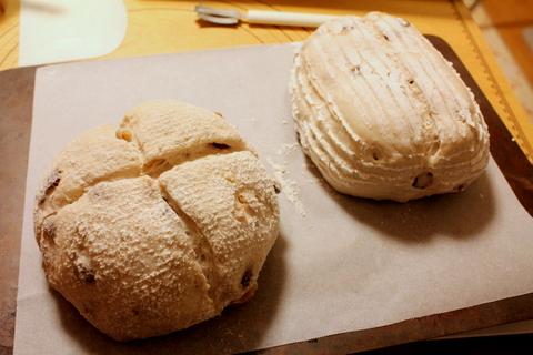 14.12.27レーズンと胡桃のパン_焼成前