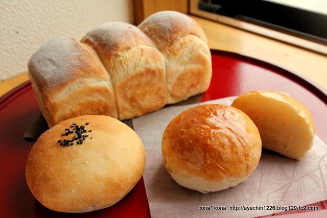 もち小麦のパン4