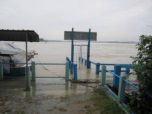 マウンドーに雨季がやってきた1