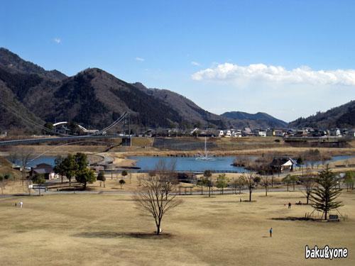 宮ケ瀬湖畔園地景色
