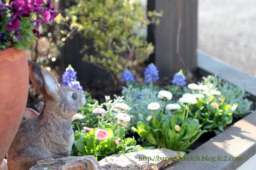 隅切り花壇3