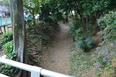 ほんのり残る堀の跡