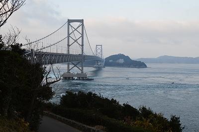 朝の大鳴門橋