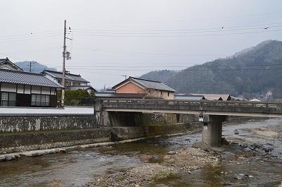 橋とか川とか・・・いいね