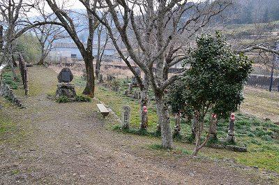 六地蔵と、宮本武蔵初決闘の場