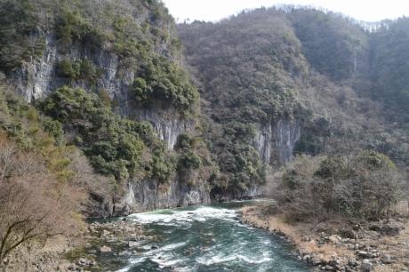 井倉峡の入口
