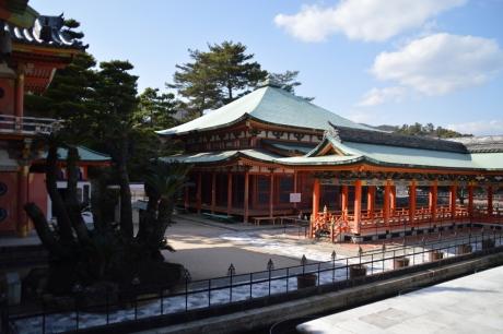 耕三寺周りの建物