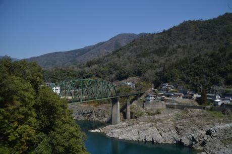5祖谷溪へと漕ぎ進める