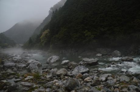 5霧の仁淀川