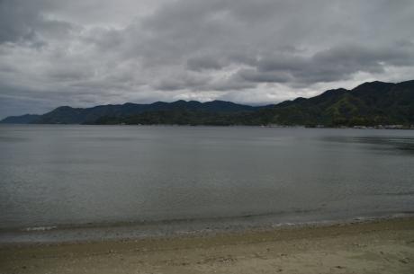 7海沿いやけど山