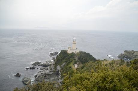 6灯台を見下ろす展望台