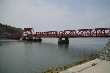 7長浜の開閉大橋