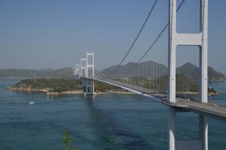 7展望台から見る橋