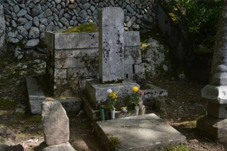 5浅野長治の墓