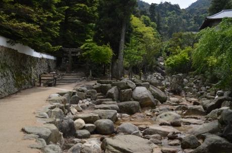 10大聖院から弥山山頂を目指す