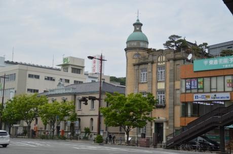 5旧秋田商会と現役郵便局