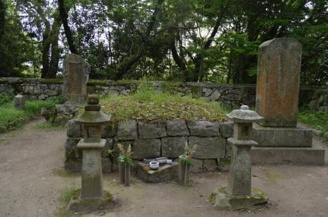 5高橋紹運の墓