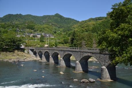 1日本唯一の八連石橋