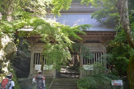 4羅漢寺の入口