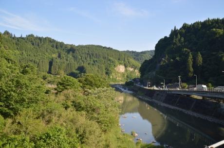 16天ケ瀬温泉は近い