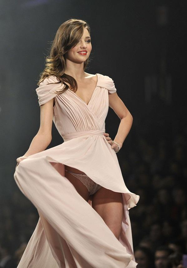 有名ファッションモデル ミランダ・カー 9