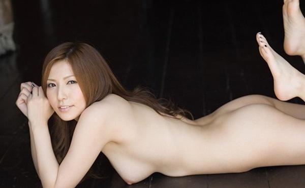 【椎名ゆな】セクシー全裸ヌード