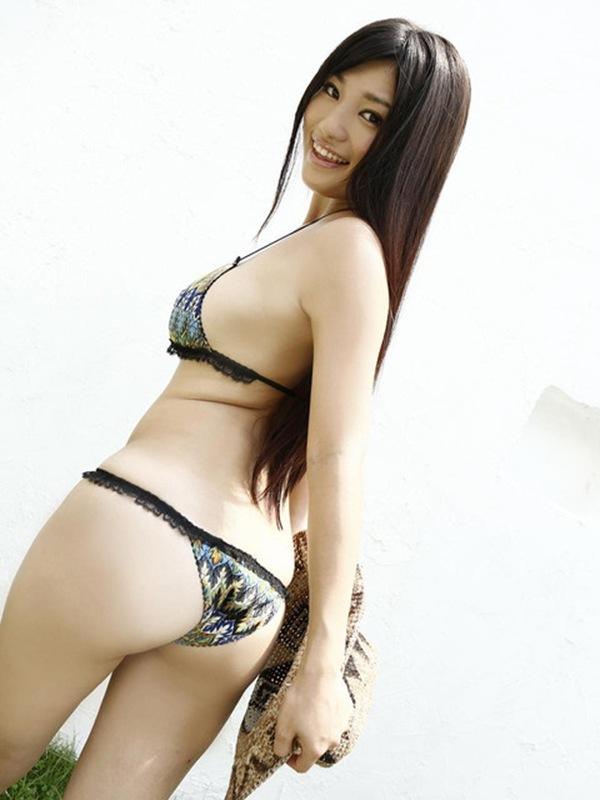 【高崎聖子】