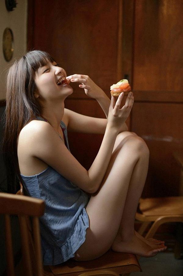 【新川優愛】
