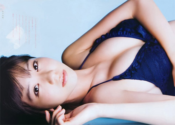 【柏木由紀】美乳おっぱいの形が分かるエロ画像