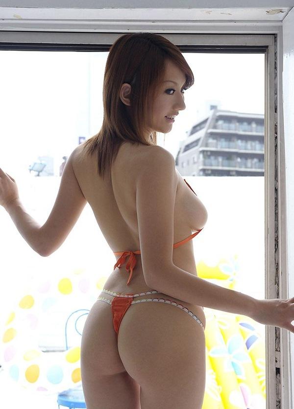 【お尻フェチ】全裸ヌードからプルプル桃尻