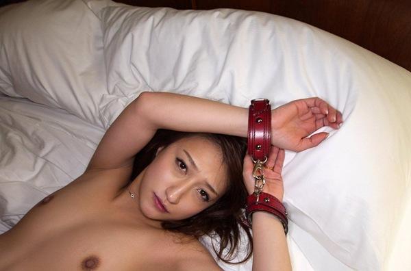 【今夜のオナネタ】ビッチな巨乳おっぱい全裸