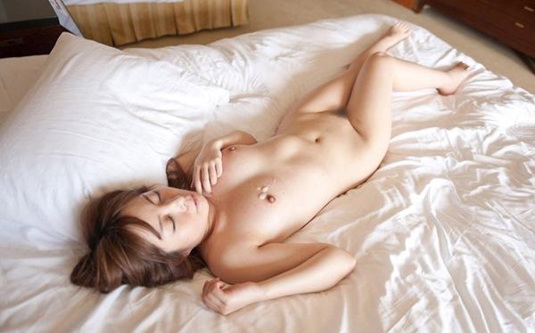 【今井ひろの】色白美乳肌の全裸ヌード