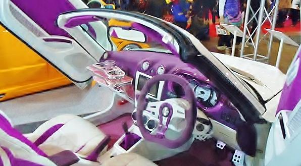 AUTOS201512.jpg