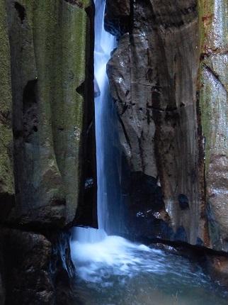 間の滝_その3