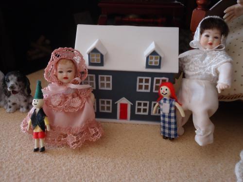 doll-house-no2.jpg