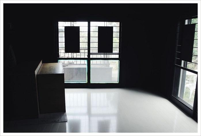 20150723黒部屋の床完成 (3)