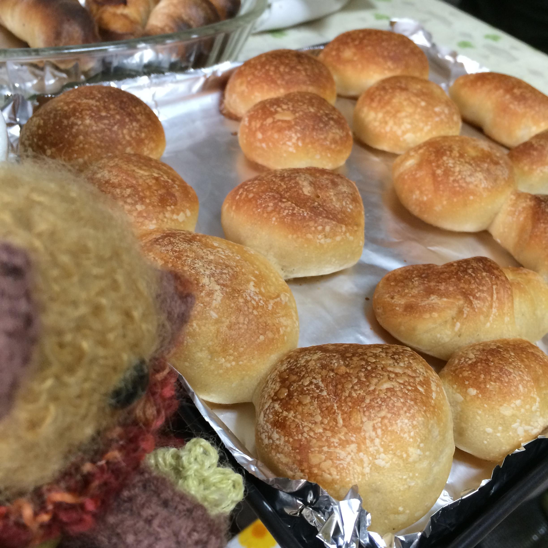 プルーン酵母パン。