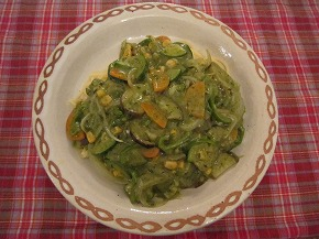 夏野菜のバジルソースパスタ