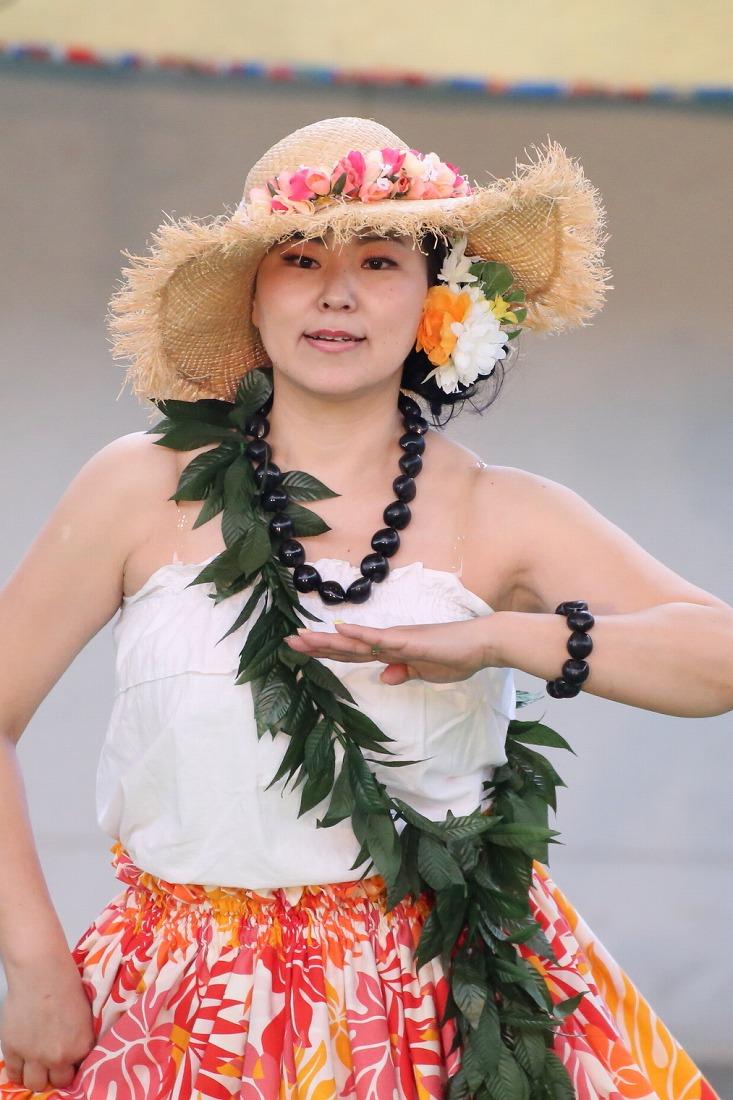 hula 114