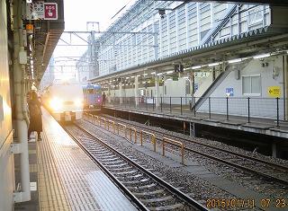富山駅7時25分