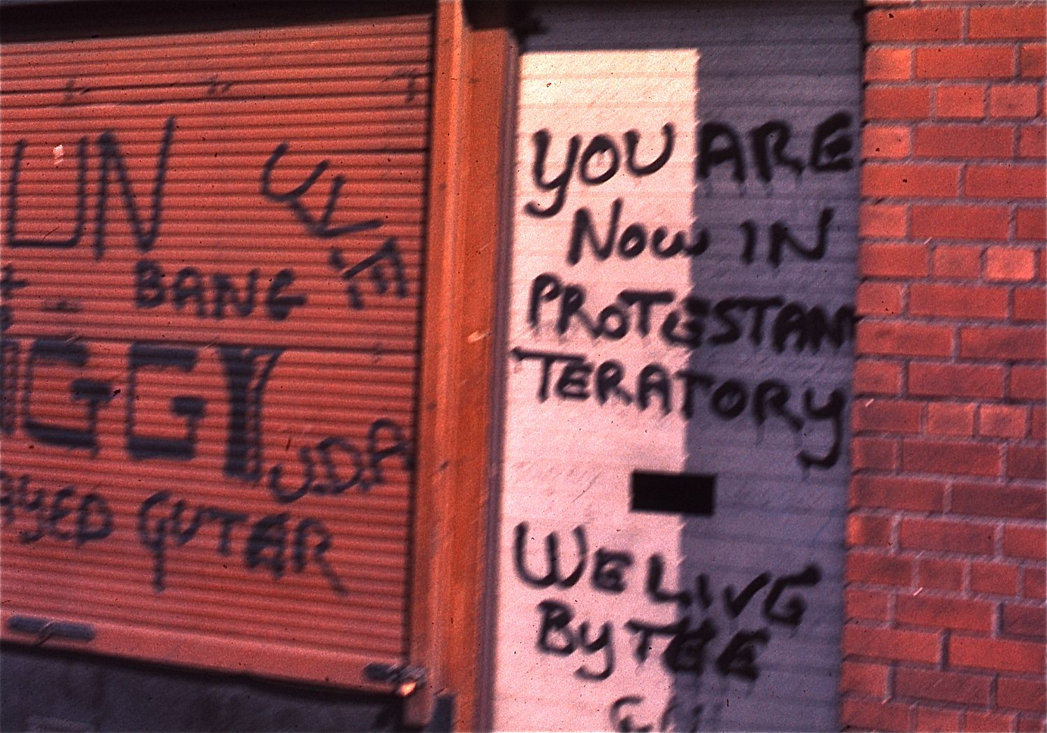 Protestant_graffiti_in_Belfast,_Northern_Ireland,_1974